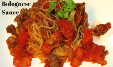 30-Minute Bolognese Sauce ©EverydayCookingAdventures 2014