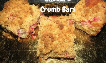 Rhubarb Crumb Bars ©EverydayCookingAdventures