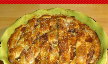 Classic Apple Pie ©EverydayCookingAdventures 2014