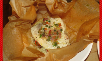 """Lunchbag"" Swordfish in Parchment with Mediterranean Sauce"