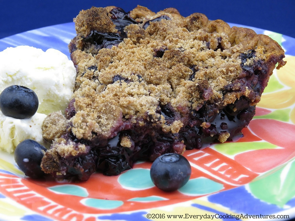 Bon Appetit Blueberry Crumble Pie ©EverydayCookingAdventures2016